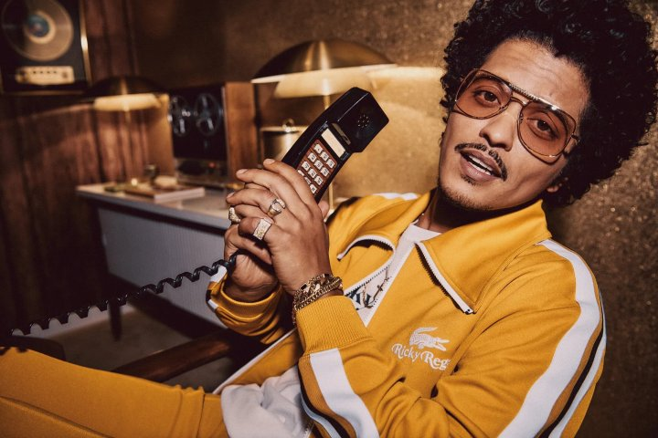 Bruno Mars sort une collection capsule avec Lacoste