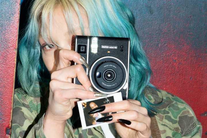 Instax Mini 40 : Fujifilm dévoile son nouvel appareilinstantané